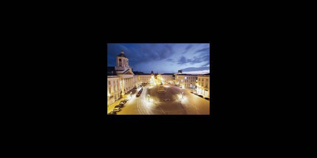 Bruxelles, la nuit et vue des toits - La Libre