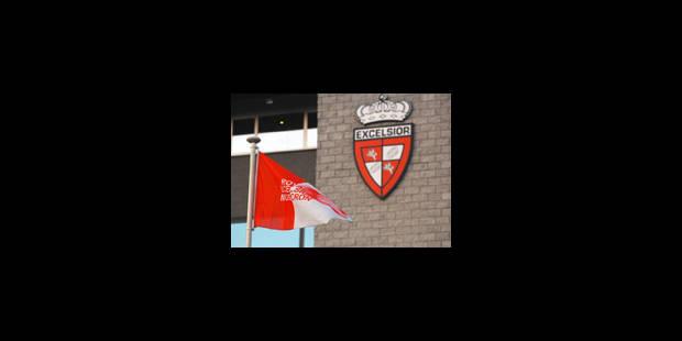 Mouscron: suspension du processus de retrait de licence