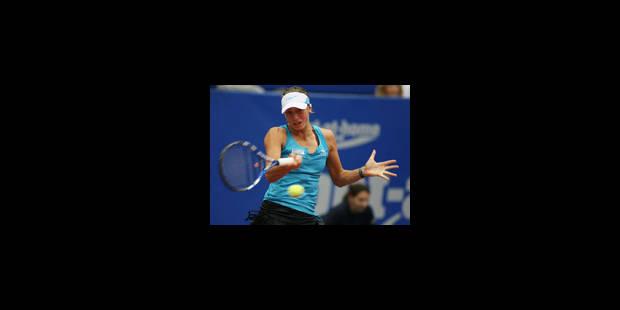 Place au tennis pour Yanina
