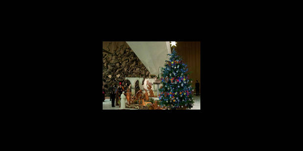 Inauguration et illumination du sapin de Noël au Vatican - La Libre