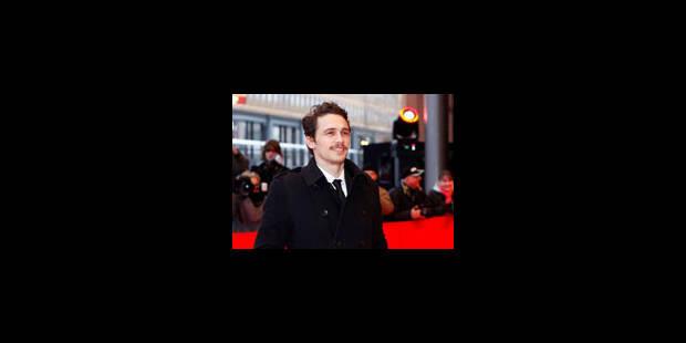 James joue Franco - La Libre