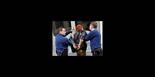 La police de plus en plus victime de faits de violence - La Libre