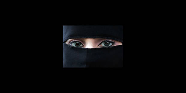Le niqab fait irruption sur la scène politique québécoise - La Libre