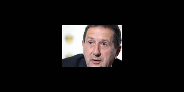 """G.Leekens: """"la vidéo doit aider les arbitres"""" (Relisez le CHAT) - La Libre"""