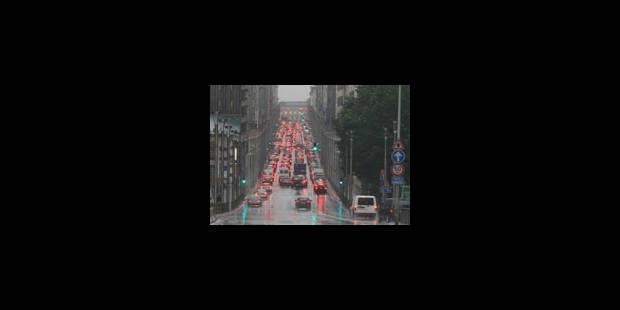 Inondations à Bruxelles, les tunnels fermés - La Libre