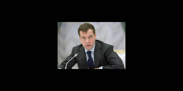 Défense antimissile: Medvedev met en garde