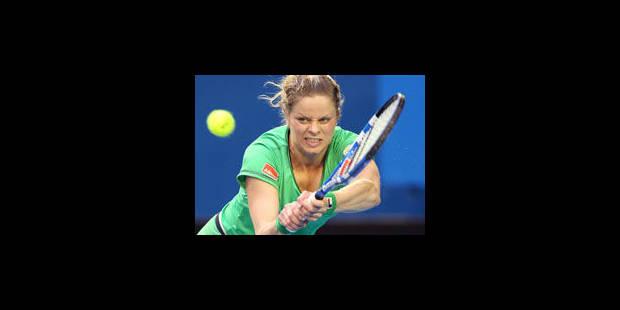 Kim Clijsters parle de sa poitrine après son match - La Libre