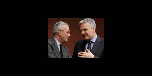 """Crise: Reynders s'en prend aux """"spéculateurs"""""""