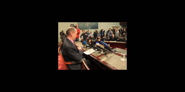 Arrêt sur image: Le conciliateur face à la presse ! - La Libre