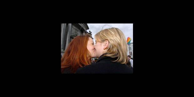 Insémination artificielle: la Belgique, recours des lesbiennes françaises