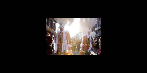 Mardi Gras : un millier de gilles - La Libre