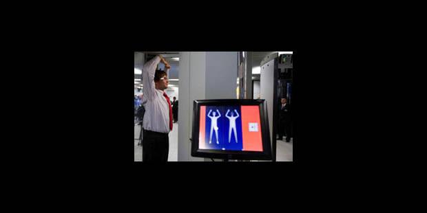 Le Parlement européen ouvre la voie aux scanners corporels dans les aéroports - La Libre