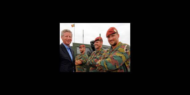 Afghanistan: De Crem va proposer de réduire de moitié la présence belge dès janvier 2012 - La Libre