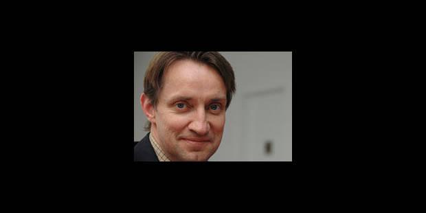 Monette, ex-médiateur fédéral, réhabilité - La Libre
