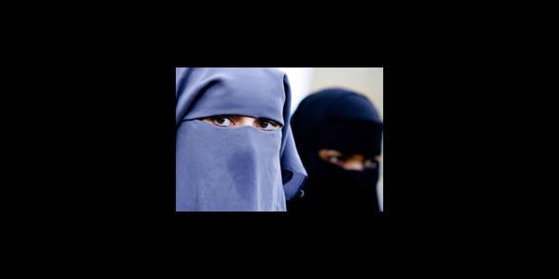 Burqa: une loi de trop - La Libre