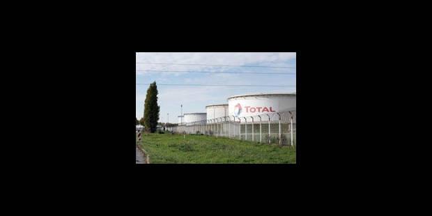Total gagne du terrain sur des espoirs de dénouement en Libye - La Libre