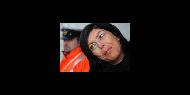Joëlle Milquet sur les routes de Charleroi - La Libre