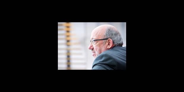 Louis Michel veut lancer la procédure de suspension du droit de vote de la Hongrie