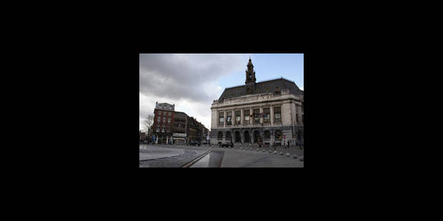Comment la Ville de Charleroi finance les partis
