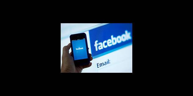 Facebook chute en-dessous des 30 dollars
