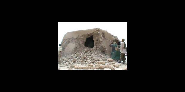 Pourquoi les islamistes détruisent-ils des mausolées musulmans?