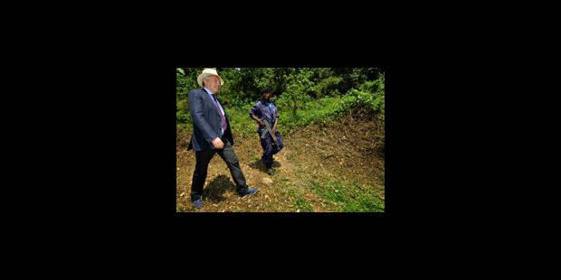 """Reynders """"horrifié"""" par les témoignages des réfugiés congolais"""