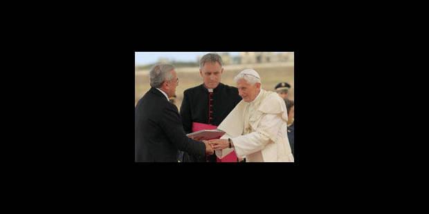 """Benoît XVI: """"non à la vengeance"""", oui à la """"société plurielle"""""""