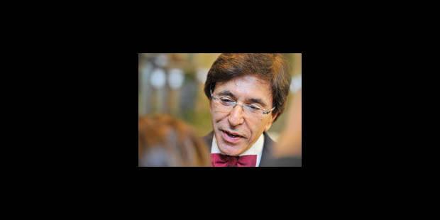 Elio Di Rupo dénonce l'attitude de Cameron - La Libre
