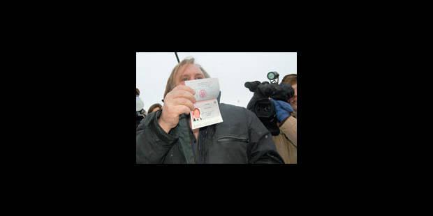 Depardieu, citoyen russe? Non: ministre! - La Libre