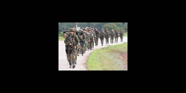 Extrémistes à l'armée: plusieurs propositions de loi à l'examen - La Libre