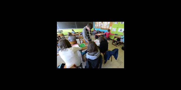 Feu vert en commission à l'ouverture des postes d'enseignants aux étrangers - La Libre