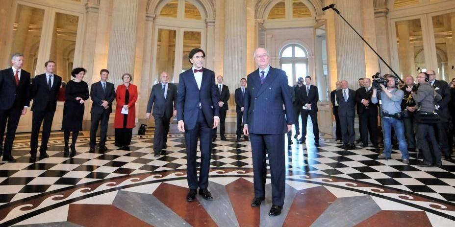 """Di Rupo à De Wever: """"On ne se moque pas des institutions"""""""