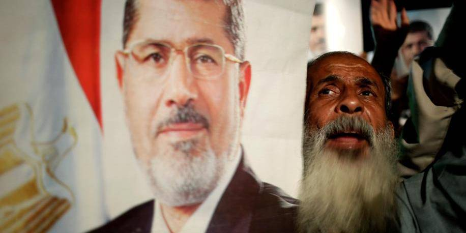 """Les pro-Morsi appellent à une marche """"d'un million"""" mardi"""