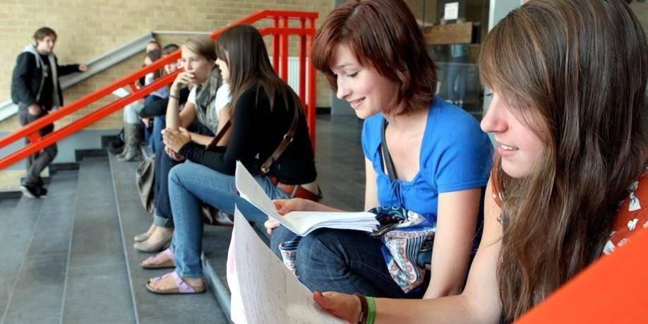 Ass. Het Laatste Nieuws: Grootste herexamen van het jaar