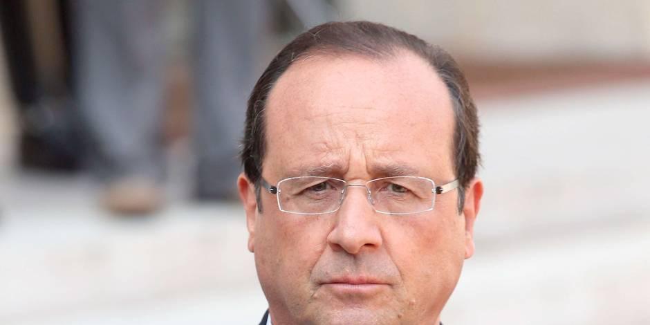 Hollande contraint d'attendre Washington
