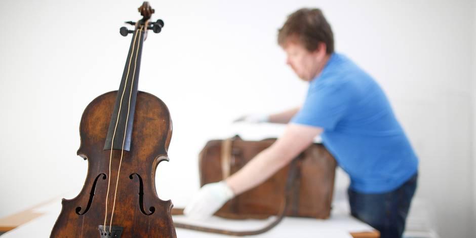 Le violon du chef de l'orchestre du Titanic refait surface