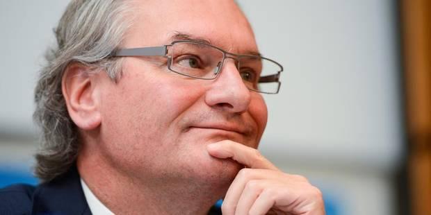 Les grandes manoeuvres au PS liégeois - La Libre