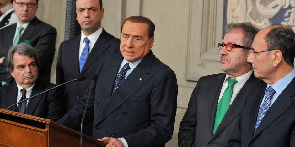 Italie: la grogne dans le parti de Berlusconi pourrait sauver le gouvernement