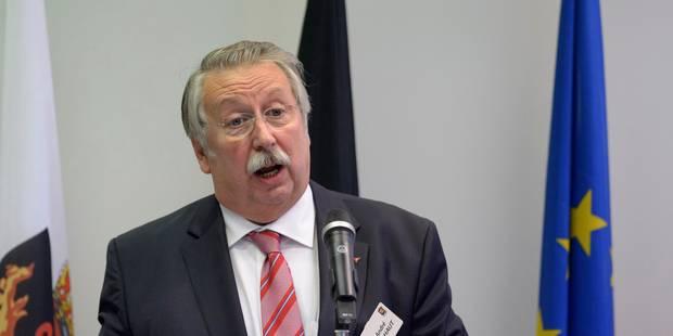 Indemnité de départ des députés: Flahaut propose son système - La Libre