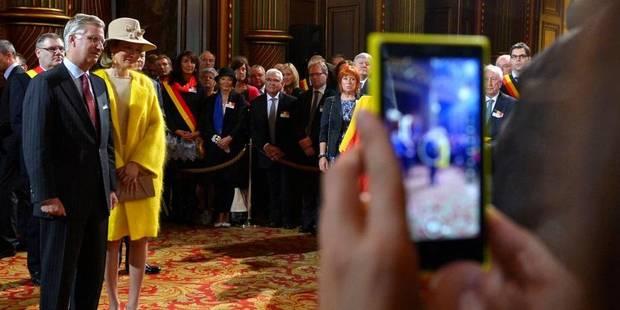 Le couple royal accueilli à Liège - La Libre
