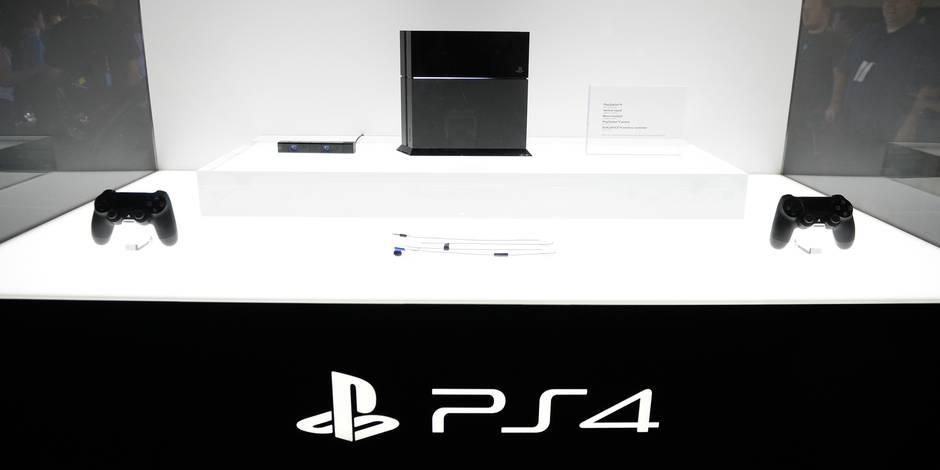 Qui va fabriquer votre PS4? Un stagiaire gratuit!