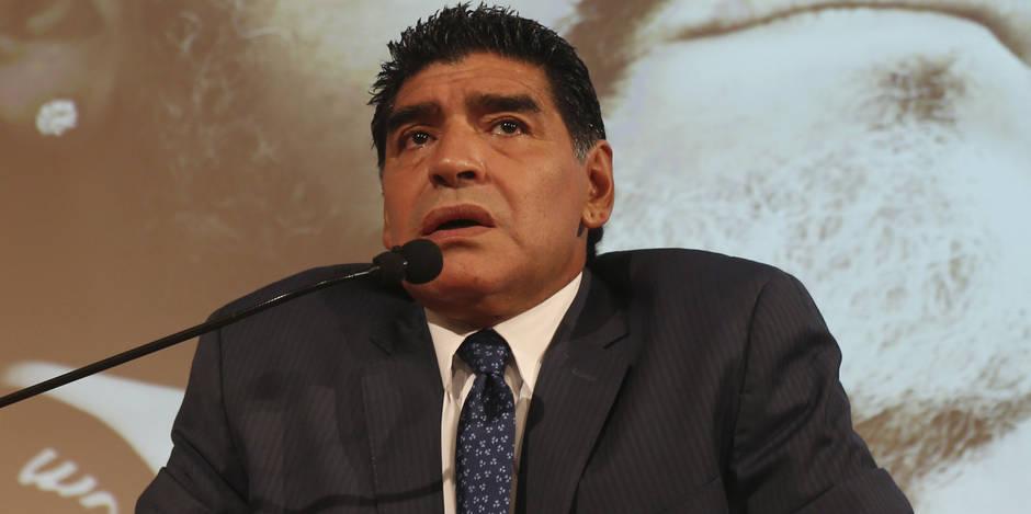 Maradona fait (toujours) le show
