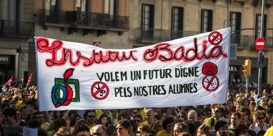 Espagne: colère après la suppression de bourses Erasmus