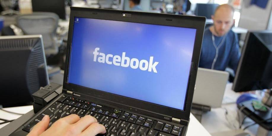 Facebook fait-il de la censure politique?