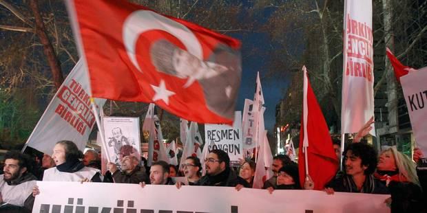 Turquie: un nouveau député du parti au pouvoir démissionne - La Libre