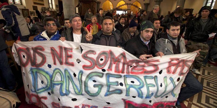"""La politique d'asile belge """"n'est pas seulement cynique et inhumaine, elle est illégale"""""""
