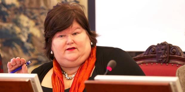 La Cour constitutionnelle annule partiellement la loi de Maggie De Block sur les pays sûrs - La Libre