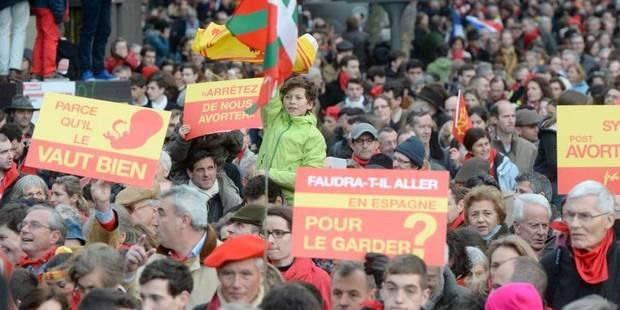 Avortement: en France, le PS est accusé de vouloir à nouveau diviser le pays - La Libre