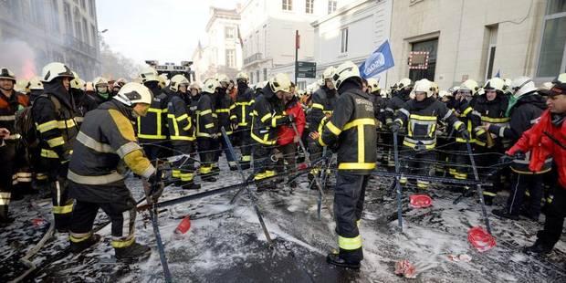 """Démissions en cascade : Les pompiers """"manipulés"""" - La Libre"""