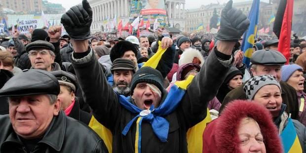 Le siège du parti de Ianoukovitch aux mains des manifestants - La Libre